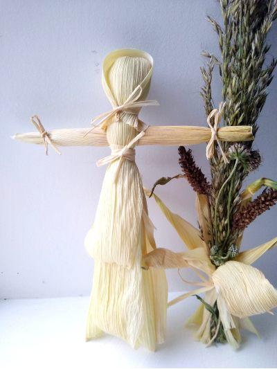corn-husk-doll-harvest-crafts