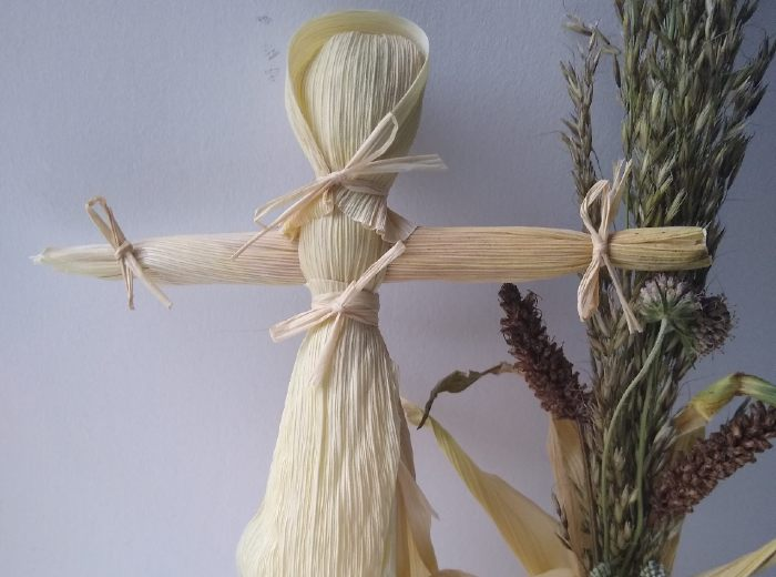 How to Make a Corn Husk Doll