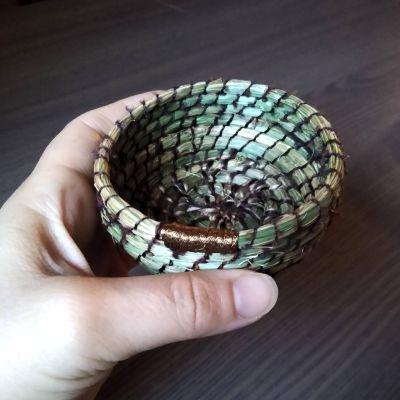 using-foraged-fibres-for-basket-making