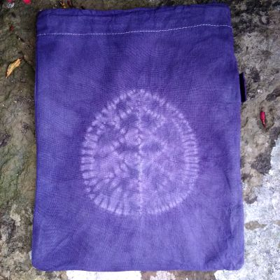 stitched-shibori-and-natural-dyes