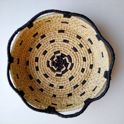 crow-berry-raffia-basket