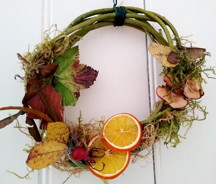 Make Your Own Autumn Wreaths