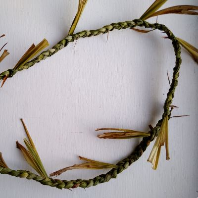 plaiting-leaves-for-basketry