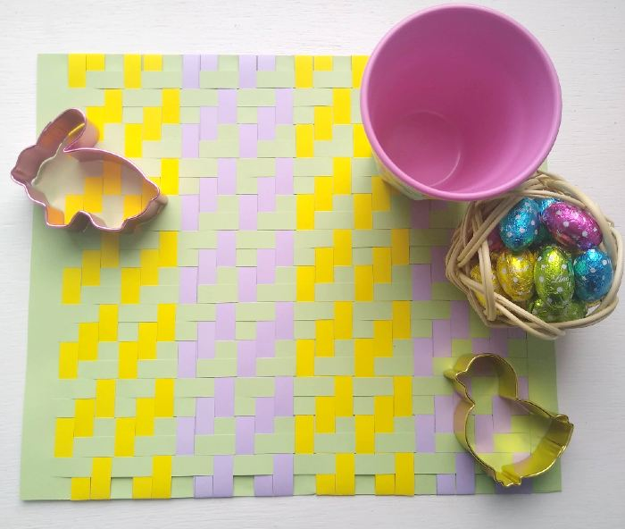 Woven Easter Placemats Tutorial