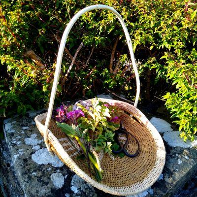 raffia-flower-basket