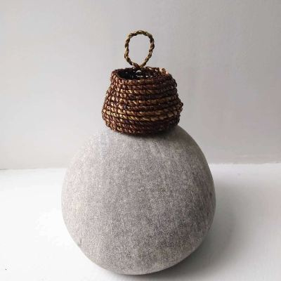 dandelion-stem-cordage-basket
