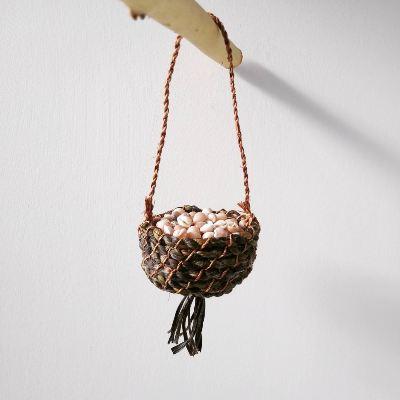 ribbed-plantain-leaf-basket